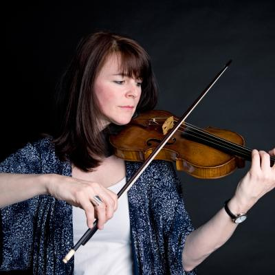 Lucy Russell - violin